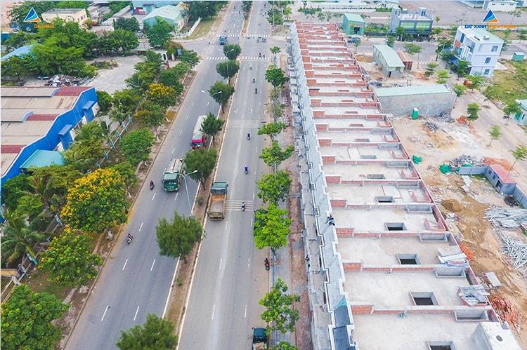 Hình ảnh từ trên cao của khu Lakeside Palace mở rộng 2