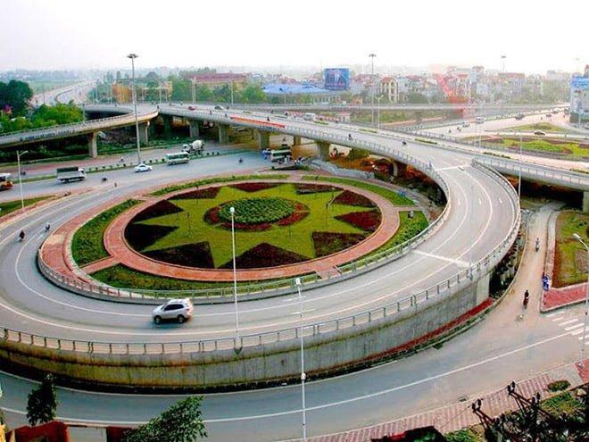 Hệ thống cầu đường tại khu vực phía Đông được đánh giá là đồng bộ bậc nhất tại Hà Nội