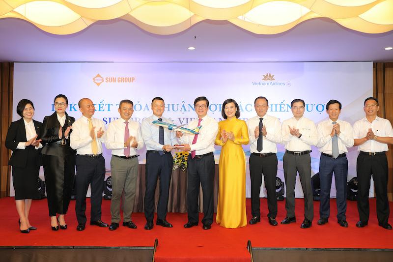 Sun Group đã và đang phối hợp hiệu quả trong việc vận hành, cung ứng các dịch vụ hàng không tại Cảng hàng không quốc tế Vân Đồn (Quảng Ninh) do Sun Group làm chủ đầu tư