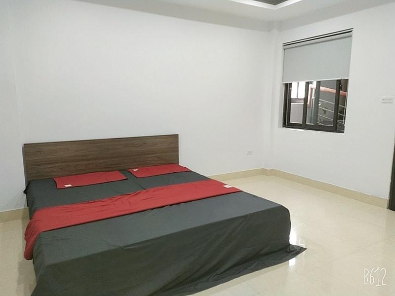 Chung cư Mini đã trang bị đầy đủ Giường, ga, đệm, tủ, bếp, TBVS