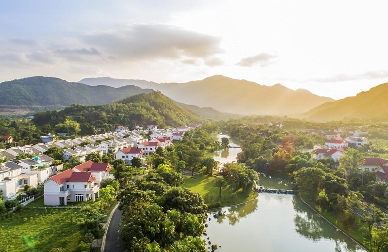 Biệt thự nghỉ dưỡng Xanh Villas Resort thu hút nhà đầu tư bởi không gian sống xanh